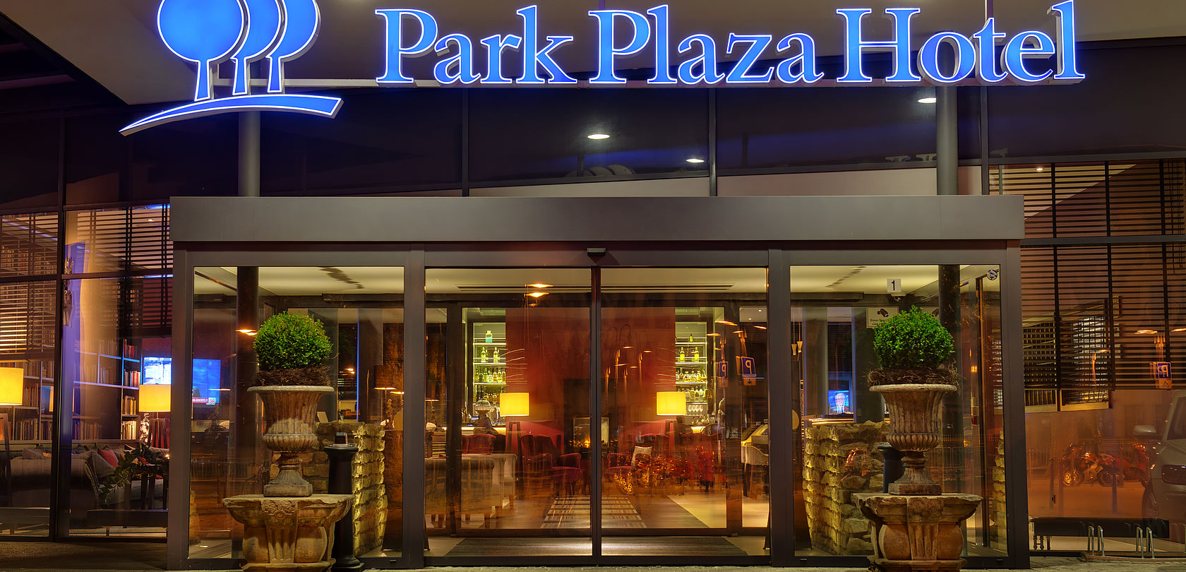 Eingang Hotel Park Plaza Trier